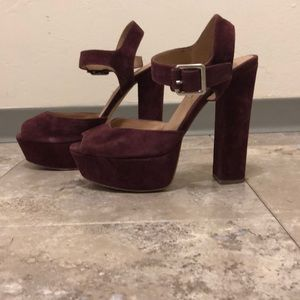 Plum peep toe platforms!
